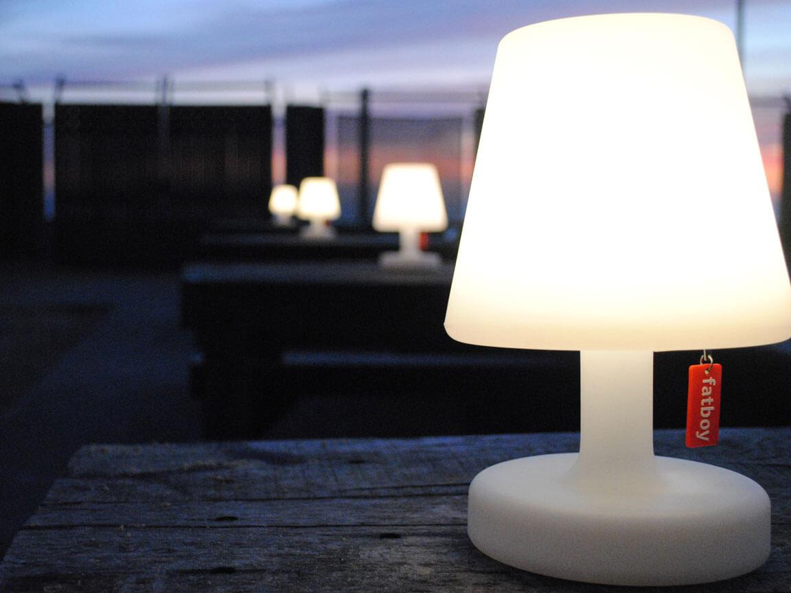 fatboy petite edison lampe udlejning leje event specialisten. Black Bedroom Furniture Sets. Home Design Ideas