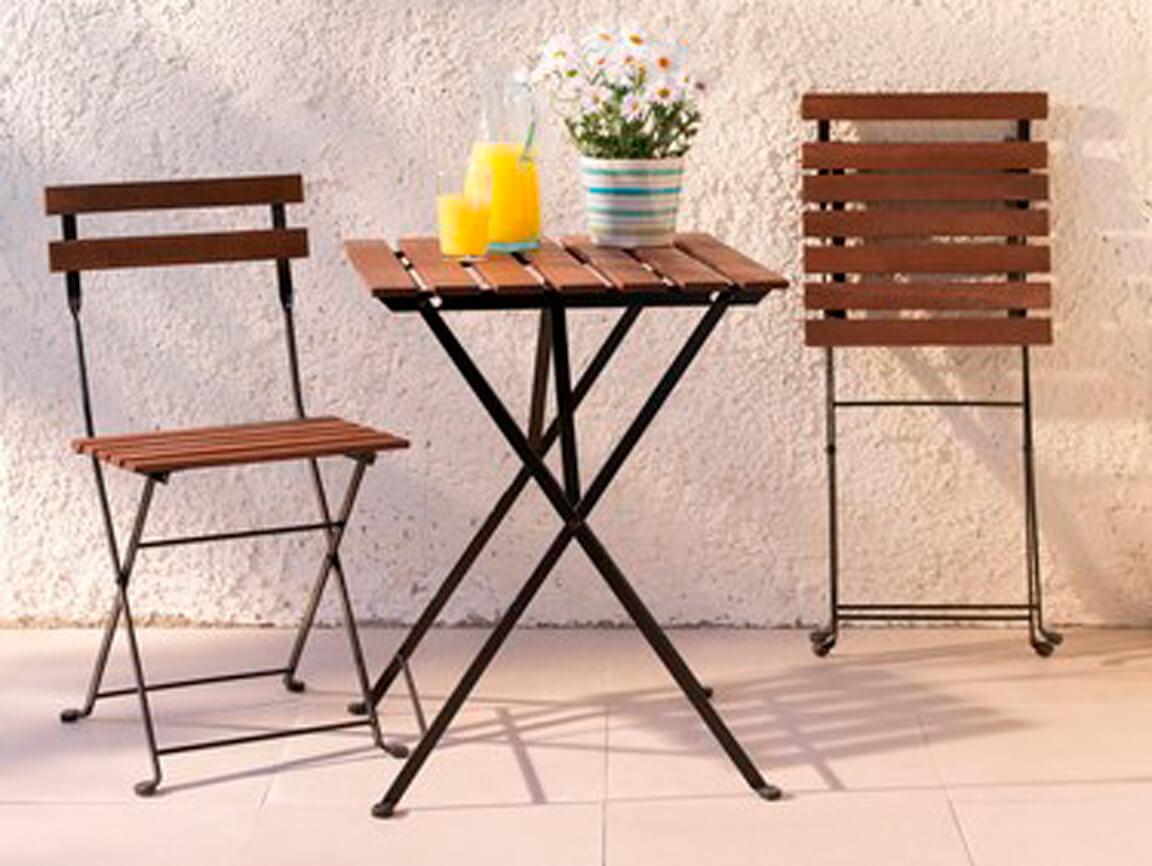Udlejning / leje. Opstilling med klassiske caféstole og klassisk cafébord
