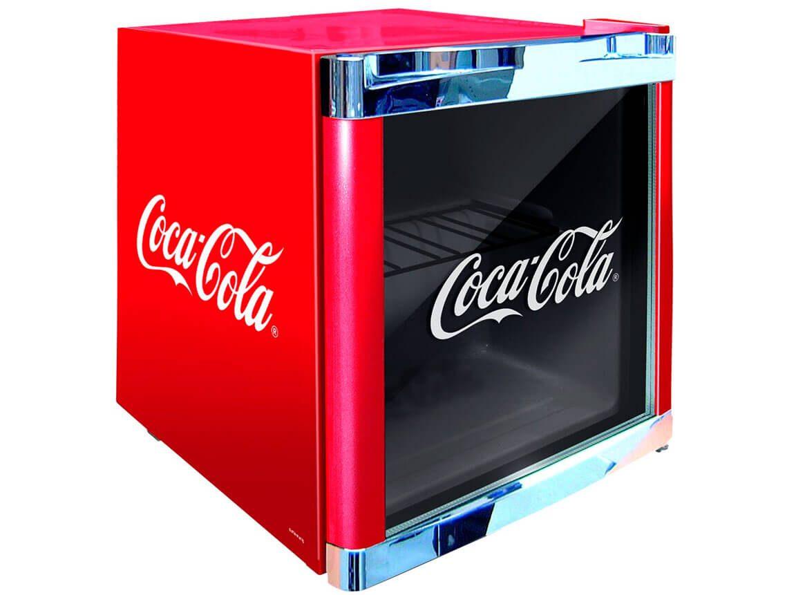 Udlejning / leje af Coca Cola køleskab. Oplagt til messestand - eller i baren til havefesten. Lejepris pr. dag kr. 275,-