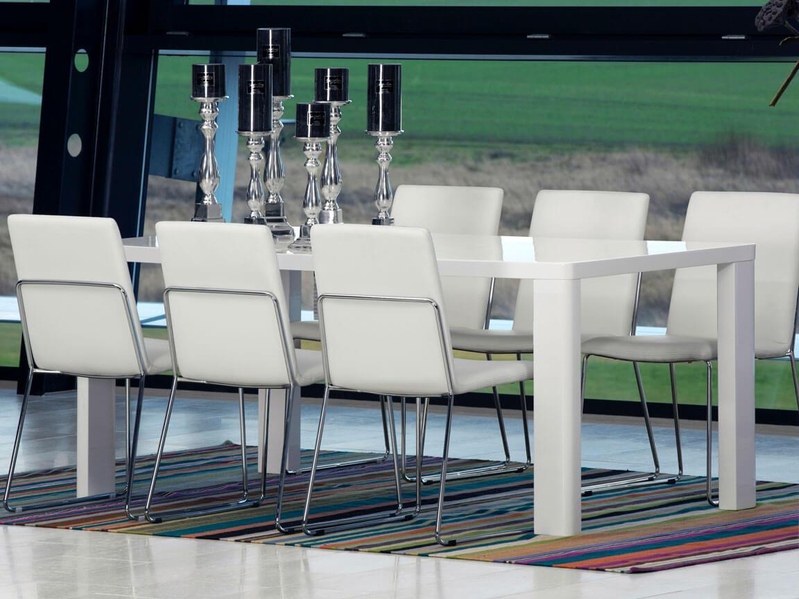 Udlejning / leje af konferencestol i hvid læderlook. Opstilling