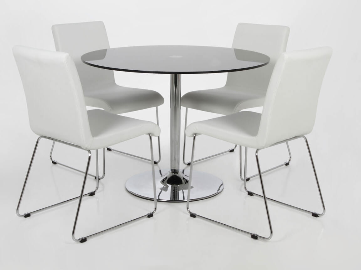 Udlejning /leje. Opstilling af rundt mødebord i glas og krom - sammen med konferencestol ihvid læderlook.