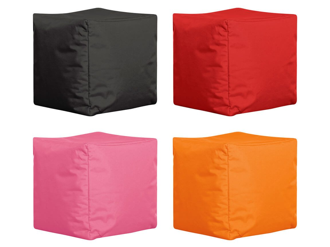 Udlejning / leje af sækkestol - cube. Flot sækkestol som cubeformet puf. Må anvendes både inde og ude. Fås i flere farver.
