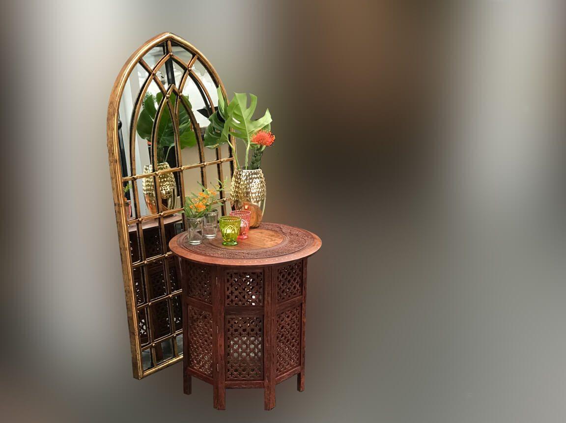 Udlejning / leje af guldspejl i vinduesramme. 2 størrelser. Lejepris pr. dag kr. 195,-