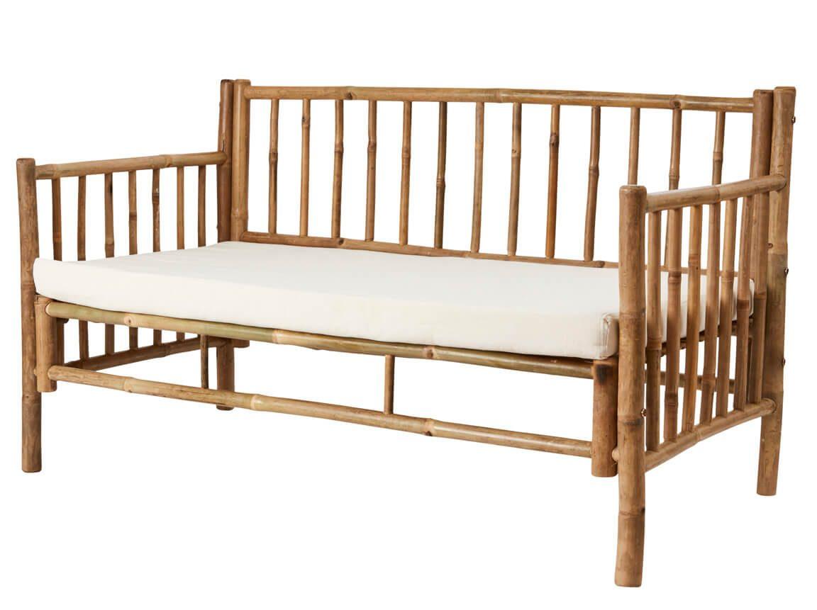 Udlejning / leje af sofa i bambus. Rigtig flot 2 personers bambus sofa udlejes. Perfekt til din sommer lounge. Lejepris pr. dag kr. 800,-