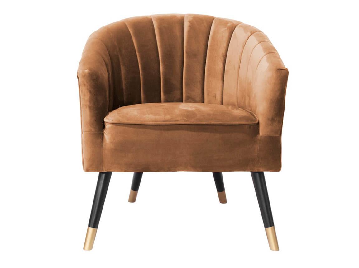 Udlejning / leje af armstol i karamel-farvet velour. Flot armstol udlejes. Se også matchende sofaer og chaiselong. Lejepris pr. dag kr. 695,-