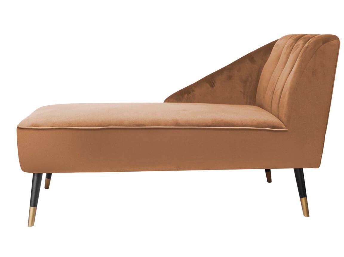 Udlejning / leje af chaiselong i karamel-farvet velour. Lækker chaiselong udlejes. Perfekt til loungeopstillingen. Lejepris pr. dag kr. 1.295,-