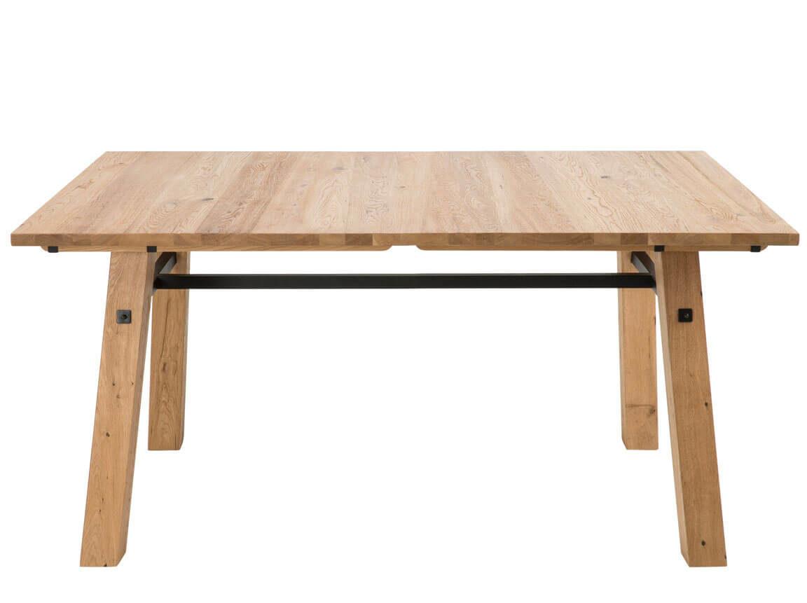 Udlejning / leje af spisebord i børstet eg. Super flot og let rustikt kvalitets spisebord udlejes. Lejepris pr. dag kr. 950,-